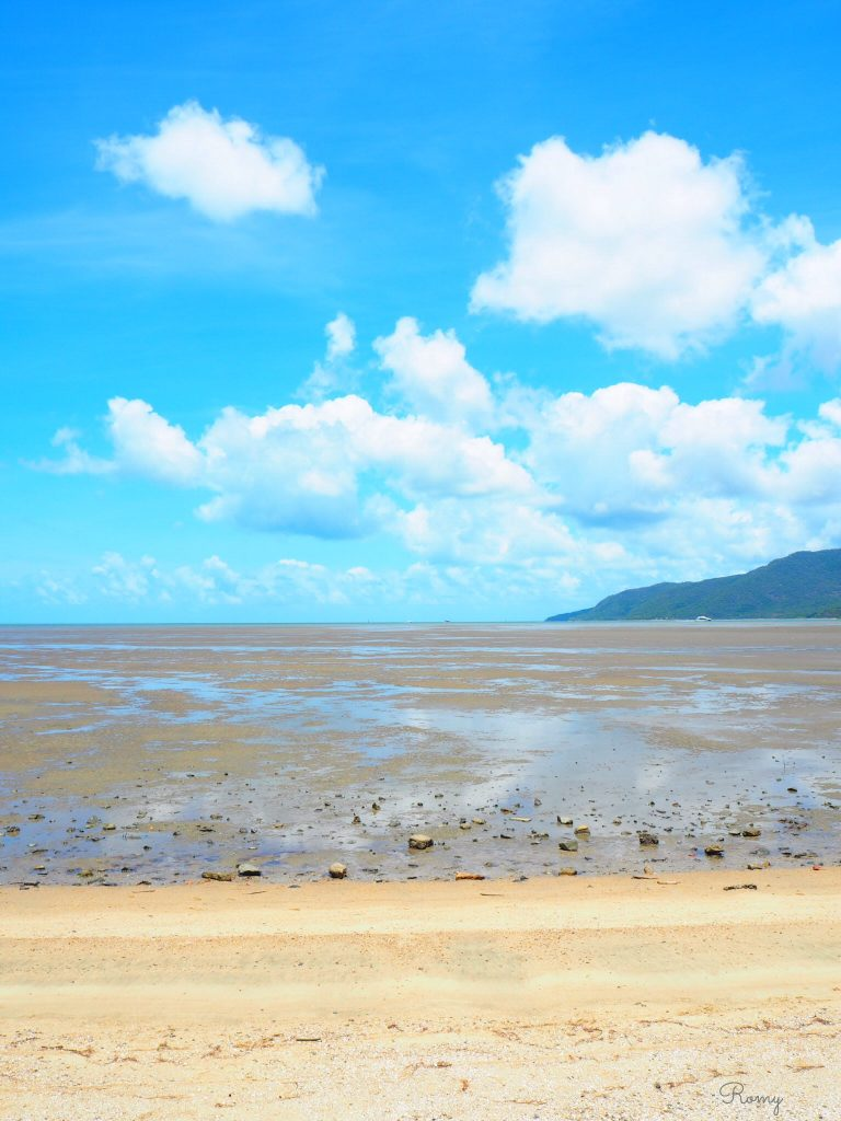 オーストラリア・ケアンズのビーチ