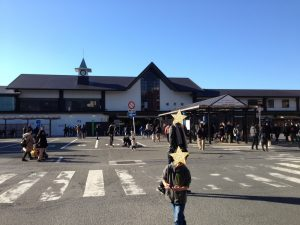 元旦の鎌倉駅前