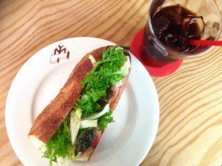 【フードスタンドマガリ/FOOD STAND magali】鎌倉・御成通り裏。何食べても美味しい小さなカフェ