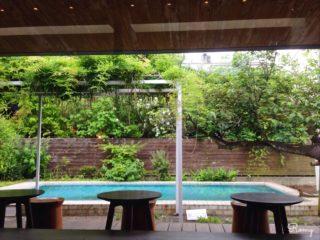 【スターバックス鎌倉御成町店】リザーブコーヒーが飲めて庭とプールがあるコンセプトストア