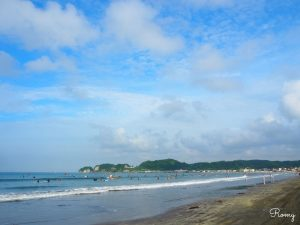 朝の鎌倉・材木座海岸