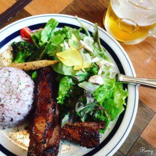 【バーチーズ カマクラ】鎌倉・御成通り裏。スペアリブとクラフトビールがウリのアメリカン