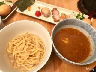 【麺屋 波 wave】鎌倉の人気カレーつけ麺専門店。鎌倉野菜付きでシメはカレー茶漬け!
