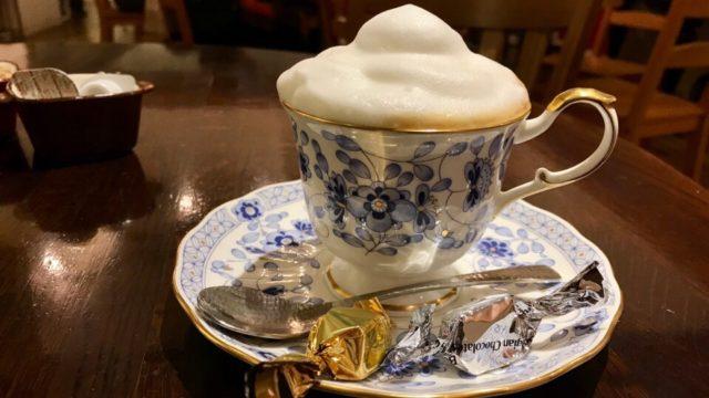 「珈琲専門店 預言CAFE 赤坂店」
