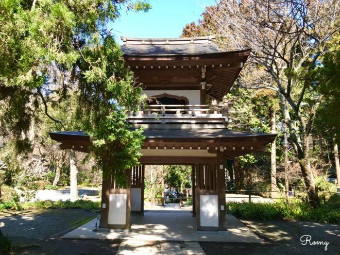 北鎌倉の浄智寺の鐘楼門