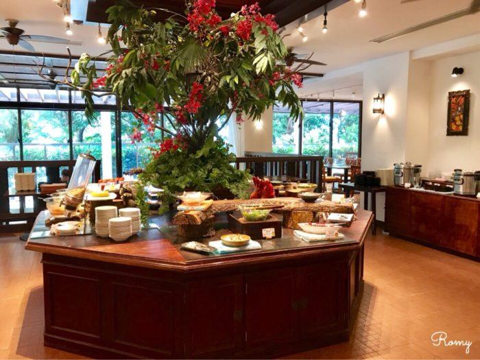 「ホテル ニラカナイ 西表島」の朝食ブッフェ