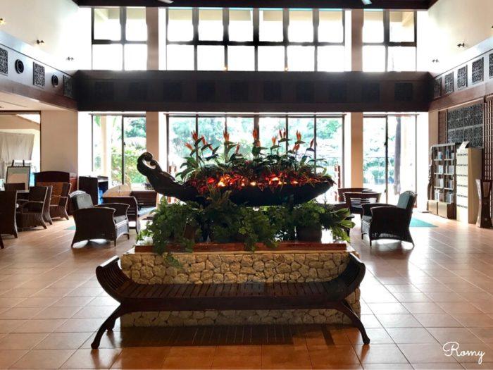 「ホテル ニラカナイ 西表島」のロビーラウンジ