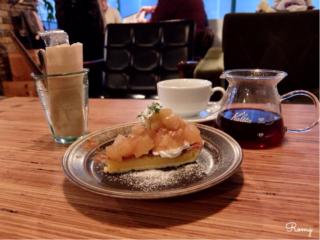 【CAFE MOALA】甲府駅南口。季節の果物を使ったスイーツと選りすぐりのコーヒーを